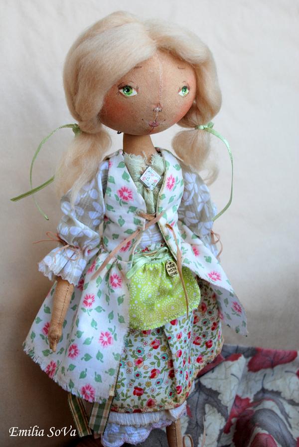 Куколка от Эмилии