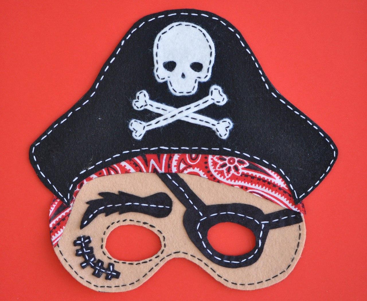 Маска пирата из фетра