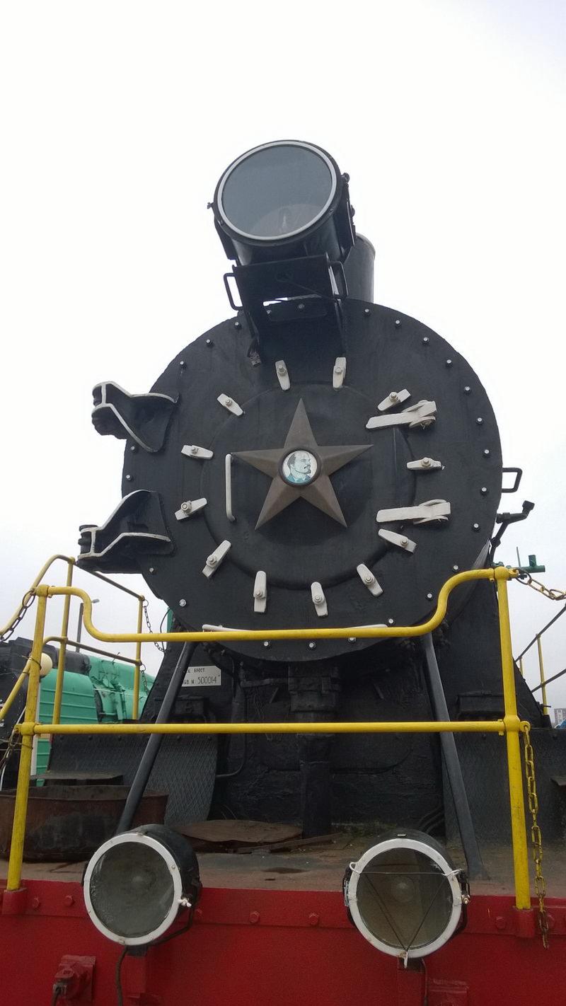 Огромные паровозы