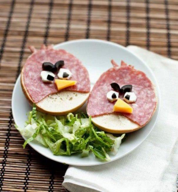 Бутерброд в виде Энгри Бердс